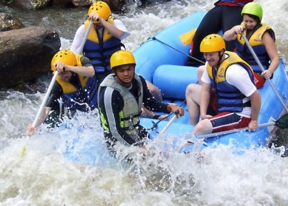 Program E2 Elephant camp, rafting 5 km